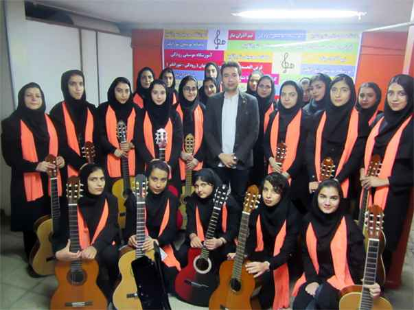 guitarist amir karimi music teacher